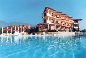 Chateau Linza Hotel