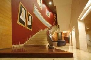 Santa Cruz Escuela Hotel