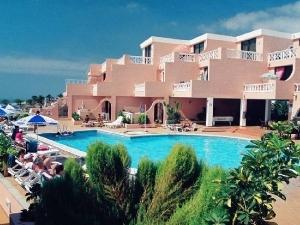 Paradise Court Apartments