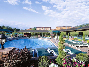 Villa Roma Resort And Conferen