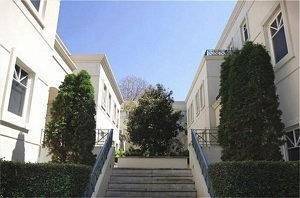 Caroline Serviced Apartments S