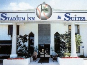 Stadium Inn And Suites