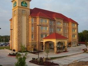 La Quinta Inn Suites Desoto