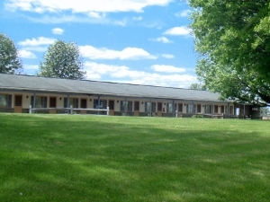 Amish Lanterns Motel Strasburg