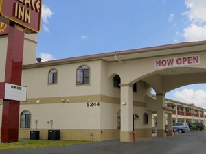 Palace Inn Baytown