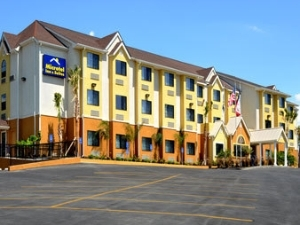 Microtel Inn And Suites New Br
