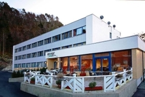 Efinor Hotel Floro