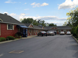 Boulevard Inn