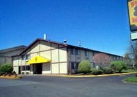 Super 8 Hartford Windsor