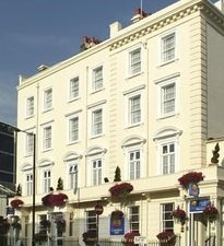 Comfort Hotel Buckingham Palace