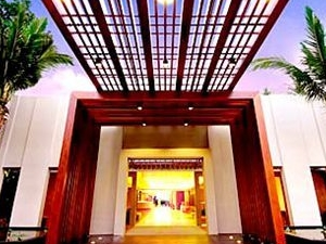 Courtyard By Marriott Phuket At Surin Beach