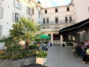 Sainte Rose Hotel