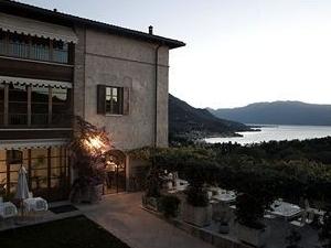 Villa Arcadio Hotel and Resort