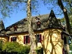 Hostellerie Du Chateau De Salles