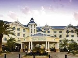 Ridge Hotel