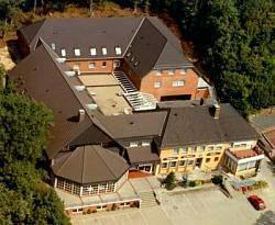 Messe Und Tagungshotel Zum J
