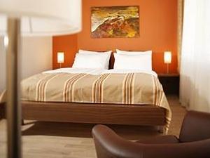 Hotel and Lounge Lava Inn