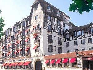 Le Grand Hotel De L'esp
