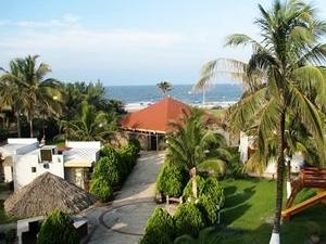 Costa Sol Hotel Y Villas