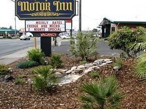 Newport Motor Inn