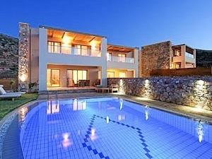 Royal Heights Resort Villas and Spa