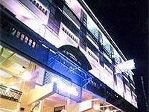 Sawasdee Khaosan Inn