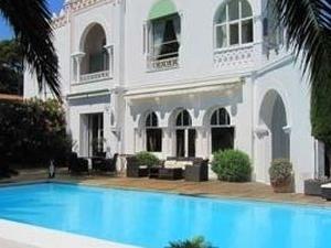 Villa Mauresque Chc