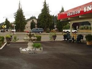 Shelton Inn