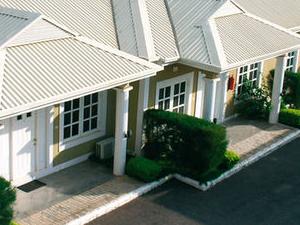 Pr Apo Apartments