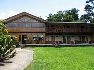 Hotel De Lucia Inn