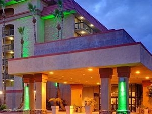 Holiday Inn Hotel And Suites Phoenix Mesa Chandler