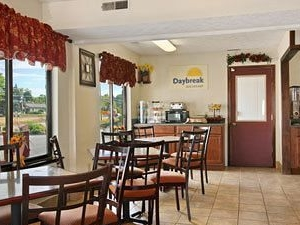 Bloomington-days Inn