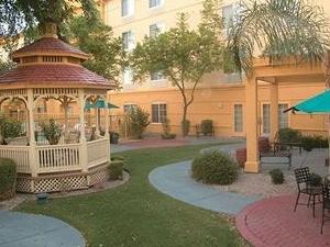 La Quinta Inn and Suites Phoenix Chandler