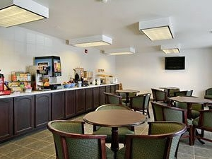 Days Inn and Suites Spokane Airport