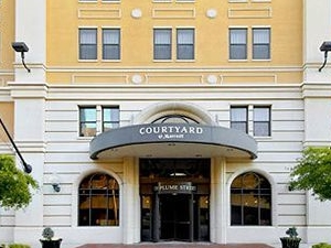 Courtyard By Marriott Norfolk Downtown