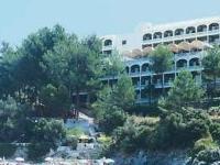 Akrotiri Beach