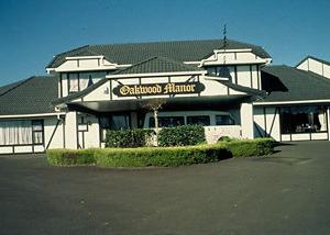 Oakwood Manor