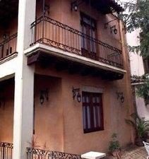 Casa Dona Elvira