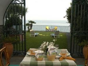 Villa Arco sul Mare