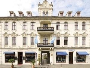 Nh Voltaire Potsdam