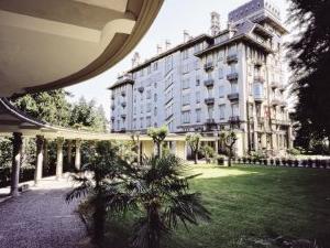 Palace Grand