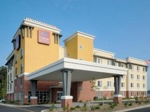 Comfort Suites (Seaford)