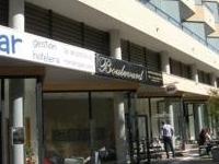 Boulevard Apartamentos and Cafe