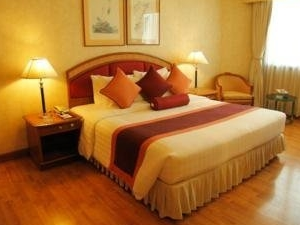 Rembrandt Towers Serviced Apartment