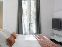 Treat yourself:Luxury Package in Madrid at Hospes