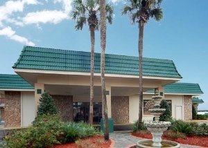 Quality Inn And Suites Riverfr