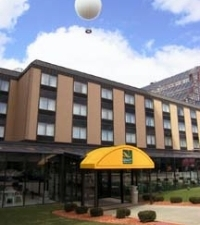 Quality Hotel And Suites At Th