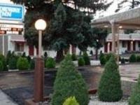 Rodeway Inn Near Nau