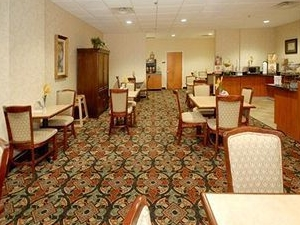 Sleep Inn And Suites - La Plata