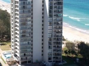 Golden Sands Apartments